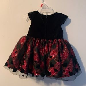 3/$30🍍Red and Black Plaid 3-6 Girls Heart Dress